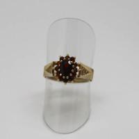 Morecambe, Pam Bradley, Pumjum, Jewellery, vintage, handmade, cumbria, retro, costume jewellery, The Jewllery parlour, lancashire, ring, gold, garnet, cluster