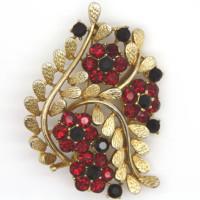 Morecambe, Pam Bradley, Pumjum, Jewellery, vintage, handmade, cumbria, retro, costume jewellery, The Jewllery parlour, lancashire, vintage, brooch, garnet, black spinel